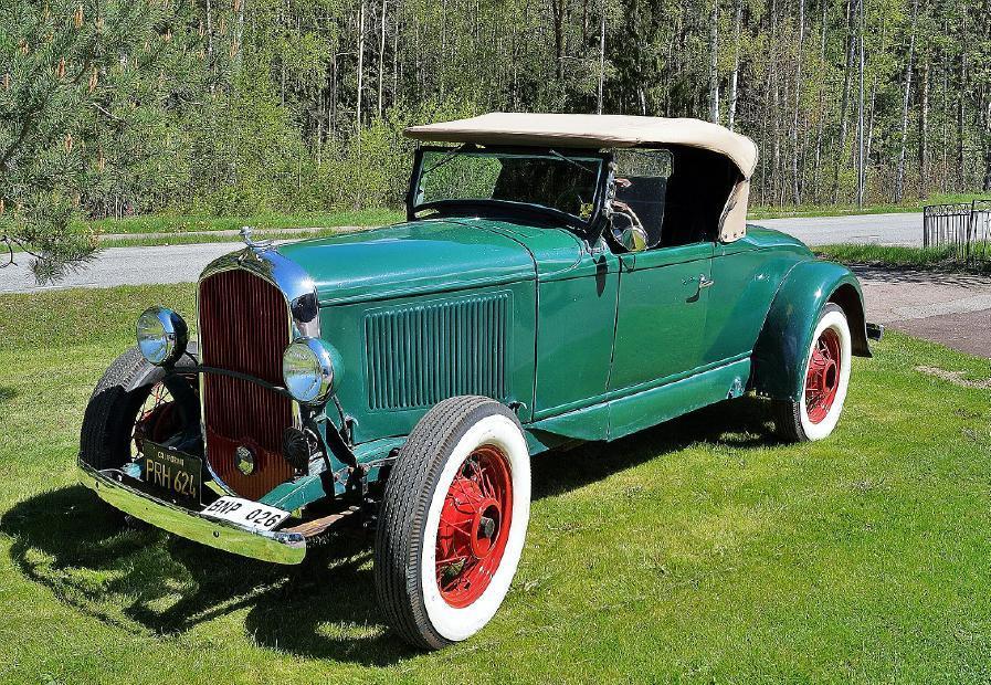 Plymouth 1931 Roadster, OBS detta objekt har lägre inropsavgift 12,5% inkl.moms. Inropsavgiften kan endast ändras efter varan är såld. Utrop: 150,000 sek.
