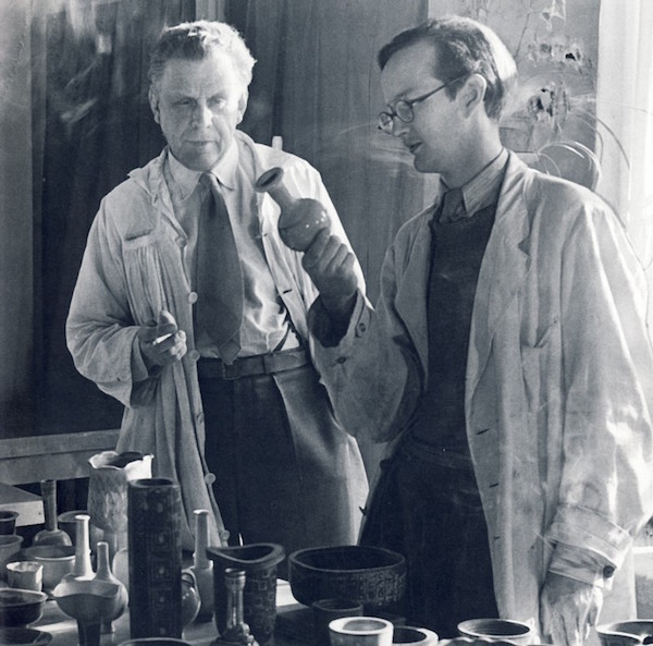 Wilhelm Kåge och Stig Lindberg 1945. Bild via Wikipedia.
