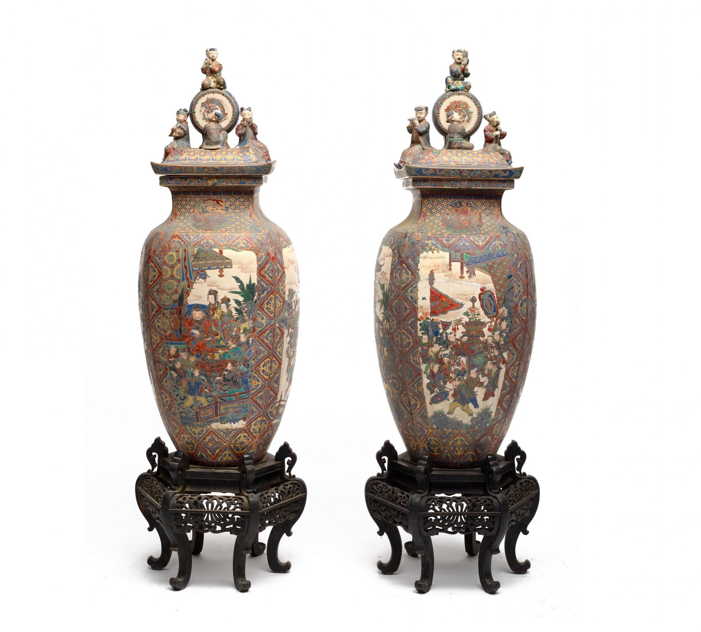 Japon, Epoque XIXe siècle, paire de vases, image ©HVMC