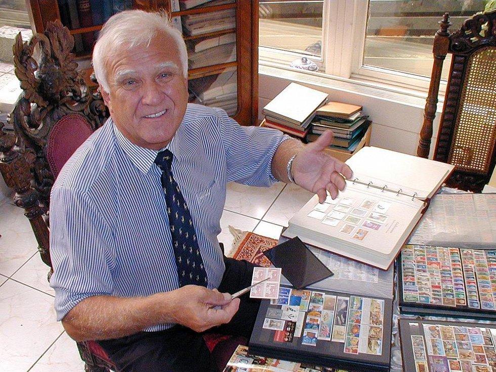 Le célèbre philatéliste tchèque Ludvik Pytlicek possède l'une des plus belles collections de timbres au monde