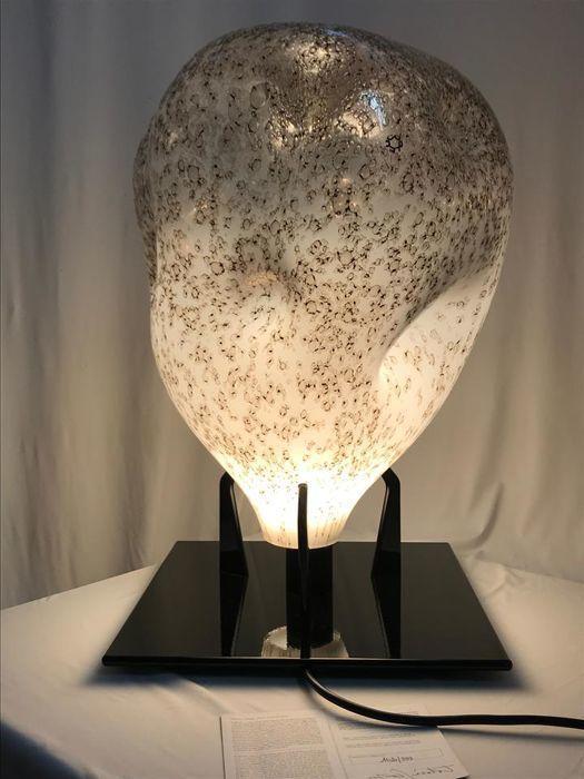 Toba Scarpa / Leucos, Table Lamp 'Fiola', 2007. Photo: Catawiki
