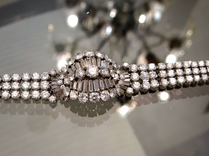 Pulsera en platino con 190 diamantes. Precio estimado: entre 101.000 y 132.500 €