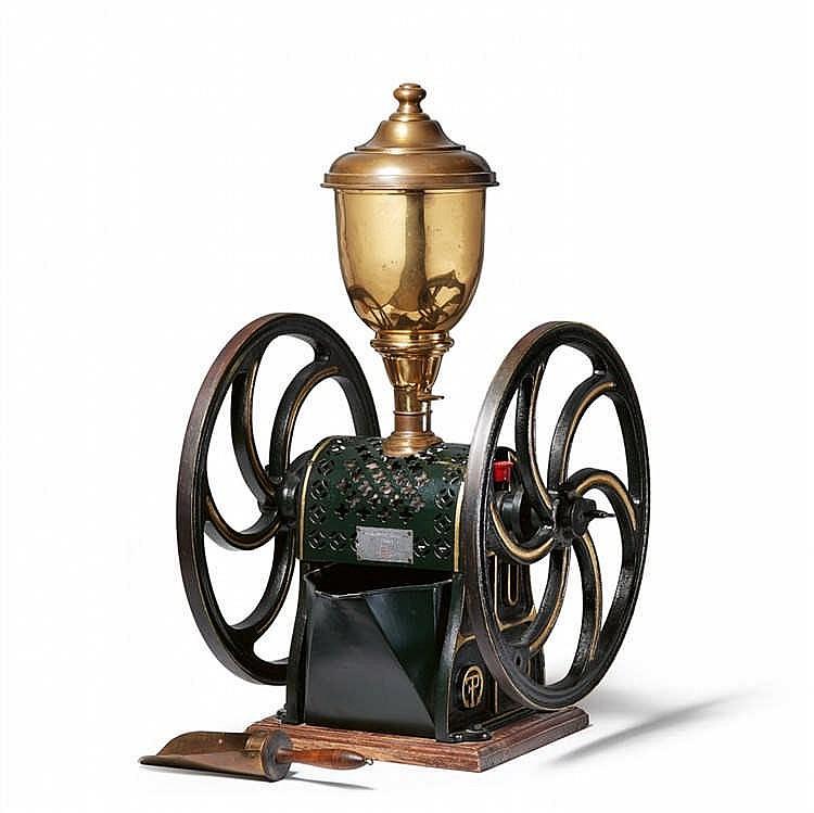 FERDINAND PETERSEN & CO. Molinillo de café de hierro. Suiza (siglo XIX)