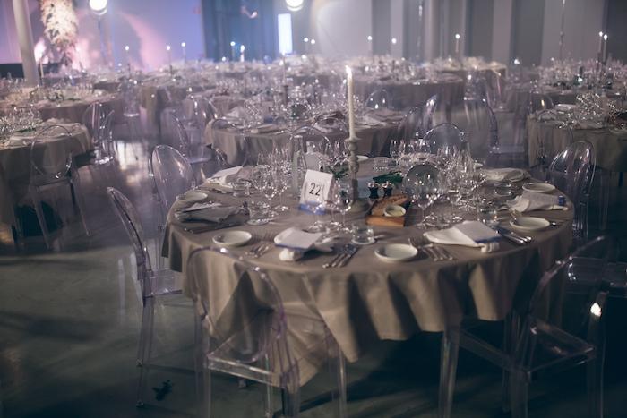 Festen dukades up på Petter Stordalens hotell at six. Tyvärr lyste dock den konstsamlande hotellkungen med sin frånvaro
