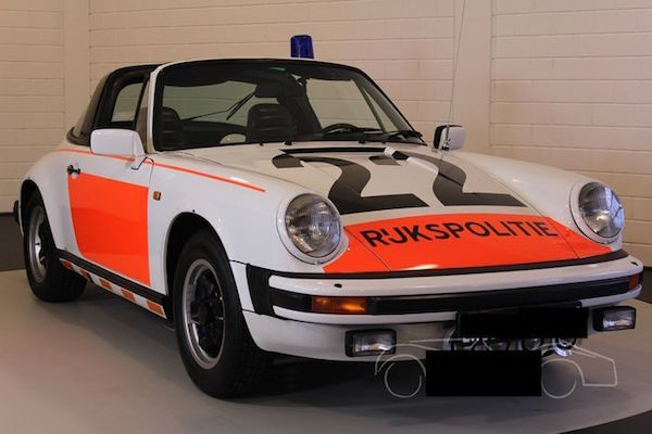 "Porsche - 911 SC Targa ""National Police"" - 1983. Utropspris: 1,2 - 1,5 miljoner kronor."