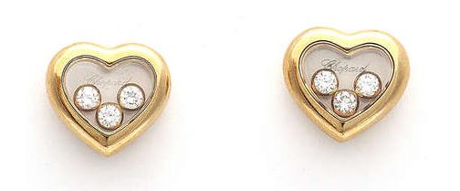 Lot 57 Paire de boucles d'oreilles Happy Diamond par Chopard Estimation basse: 1 100 €