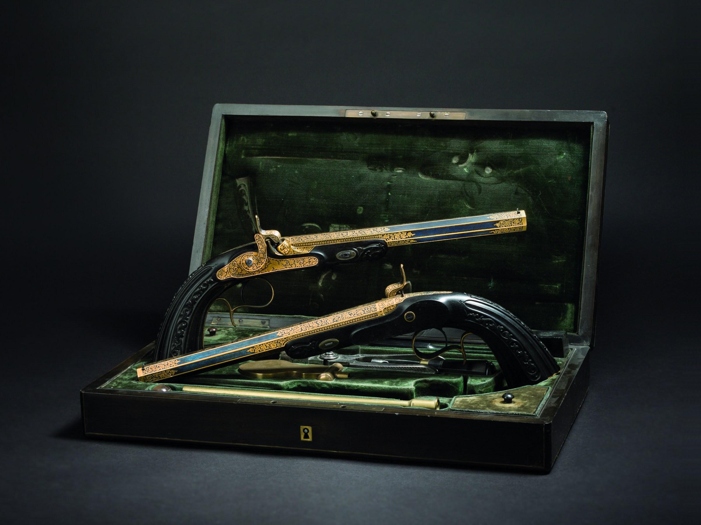 Paar vergoldete Luxus-Perkussionspistolen im Kasten, Le Page Moutier, Paris um 1850