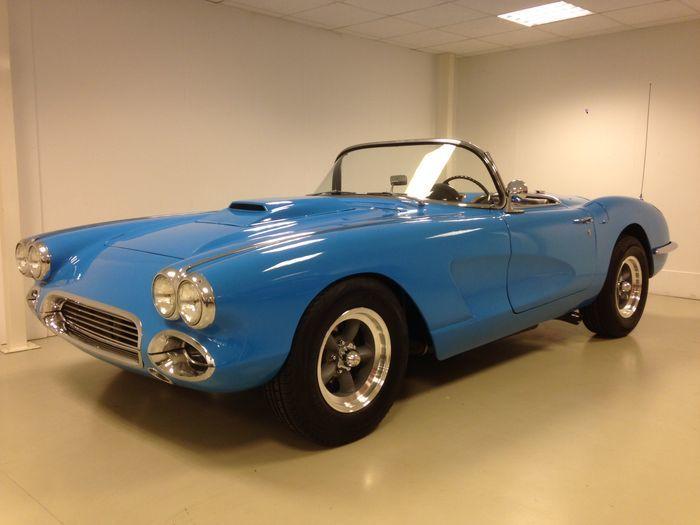 CHEVROLET - Corvette C1 (1959). Precio estimado: 50.000-65.000 €