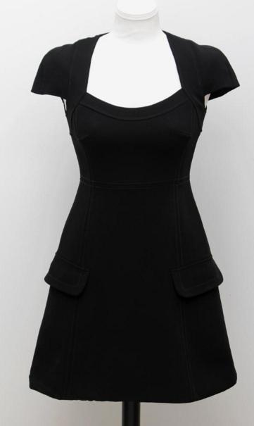 Louis Vuitton Petite robe noire taille 36 Eppli