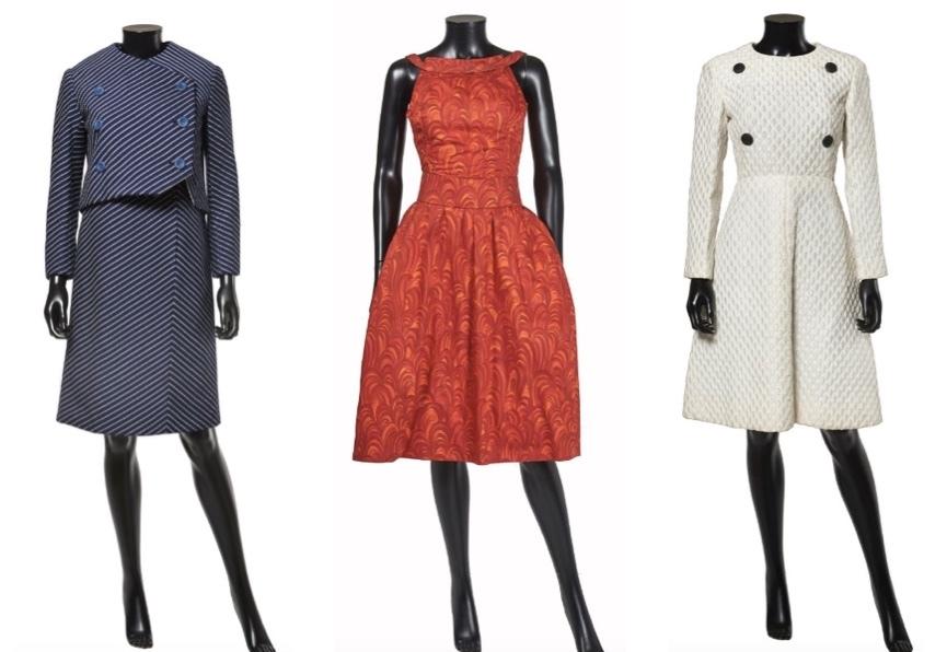 "Marc Bohan pour Christian Dior Gauche: Ensemble  ""Boulevard"", 1966 Centre: Robe ""Fleur d'ombre"", ca. 1960 Droite: Robe ""Plaza"", 1965/66 Artcurial"