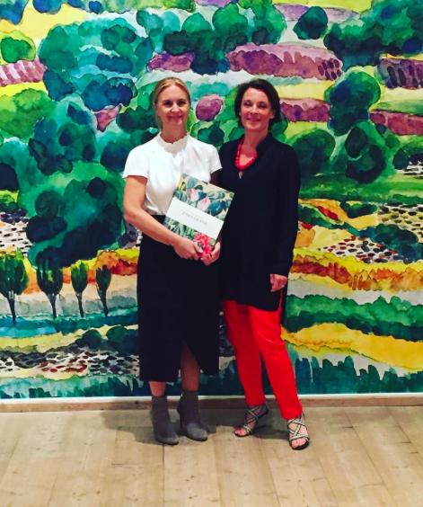 Författaren Ulrica von Schwerin Sievert och bildredaktören Anna Sievert, som också är initiativtagare till utställningen. Foto: Nicotext