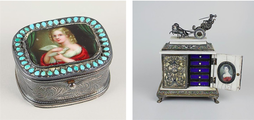Links: Dose aus Silber mit Türkissteinen und Porzellanmalerei Rechts: Kabinettschränkchen mit Uhr und zwei Miniaturportraits, 19. Jh.