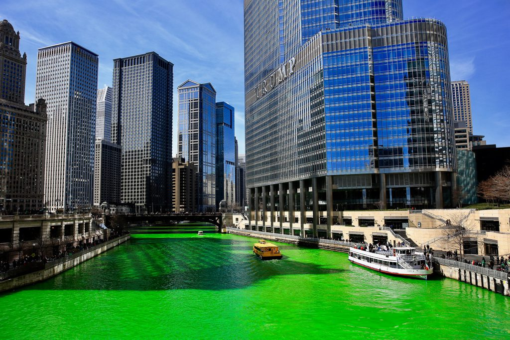 The Chicago River dyed green for St. Patrick's Day. IMage: Yifang (Evonne) Liu/ MEDILL