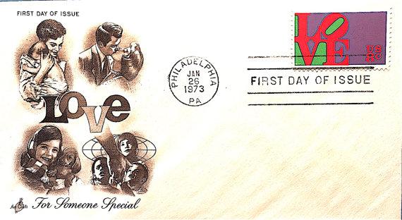 Lettre avec timbre Robert Indiana de 8ct, 1973, image via Etsy
