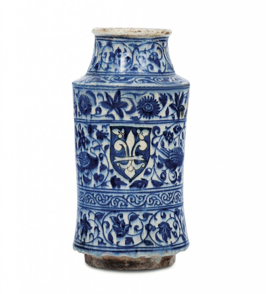 A rare apothecary vase from Damascus, Syria, 15th centuryEstimate:£21 318-25 582Result: £186 539