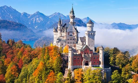 德國新天鵝堡的秋天