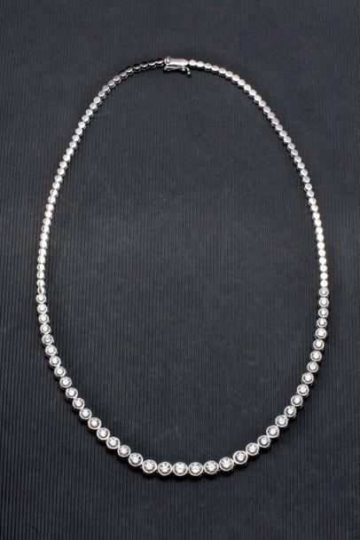 Collier aus Weißgold mit Diamanten (6,08 ct) Aufrufpreis: 6.500 EUR