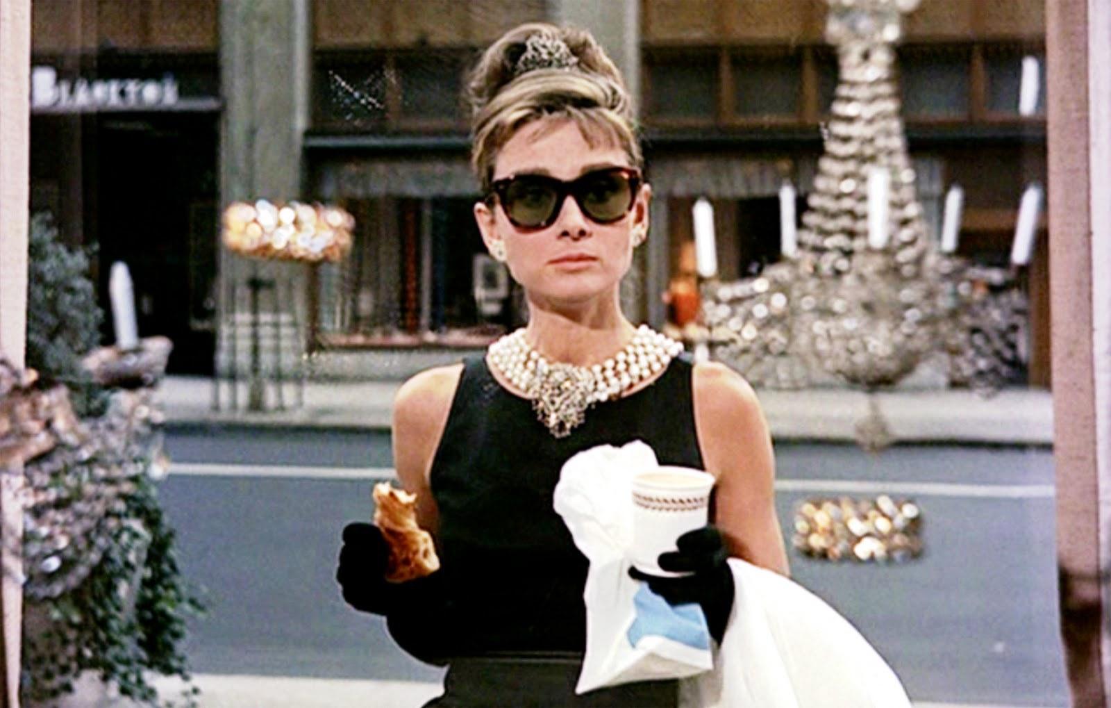 Audrey Hepburn dans Diamants sur canapé (Breakfast at Tiffany's), 1961