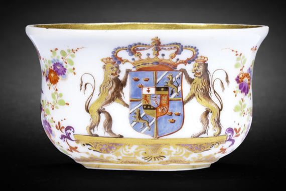 Snuff-box_Bonhams_auction_Ulrika-Eleonora_Fredrik-I_Riksvapnet
