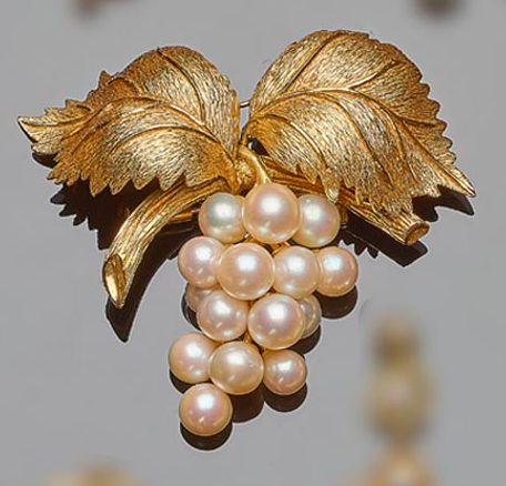 Broche perles et or jaune