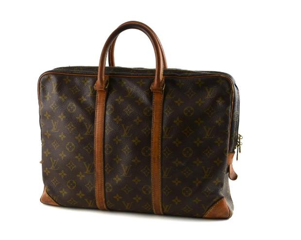 Portfölj, Louis Vuitton. På auktion hos Kaplans Auktioner.