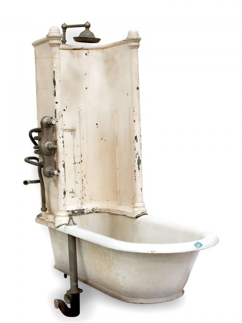La première baignoire du Ritz Paris, image ©Artcurial