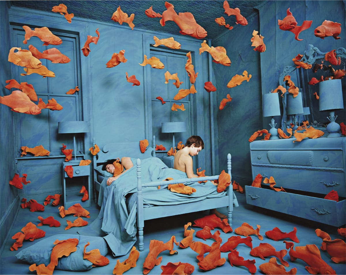 "Sandy Skoglund, ""Revenge of the Goldfish"", 1980. Foto: Phillips."
