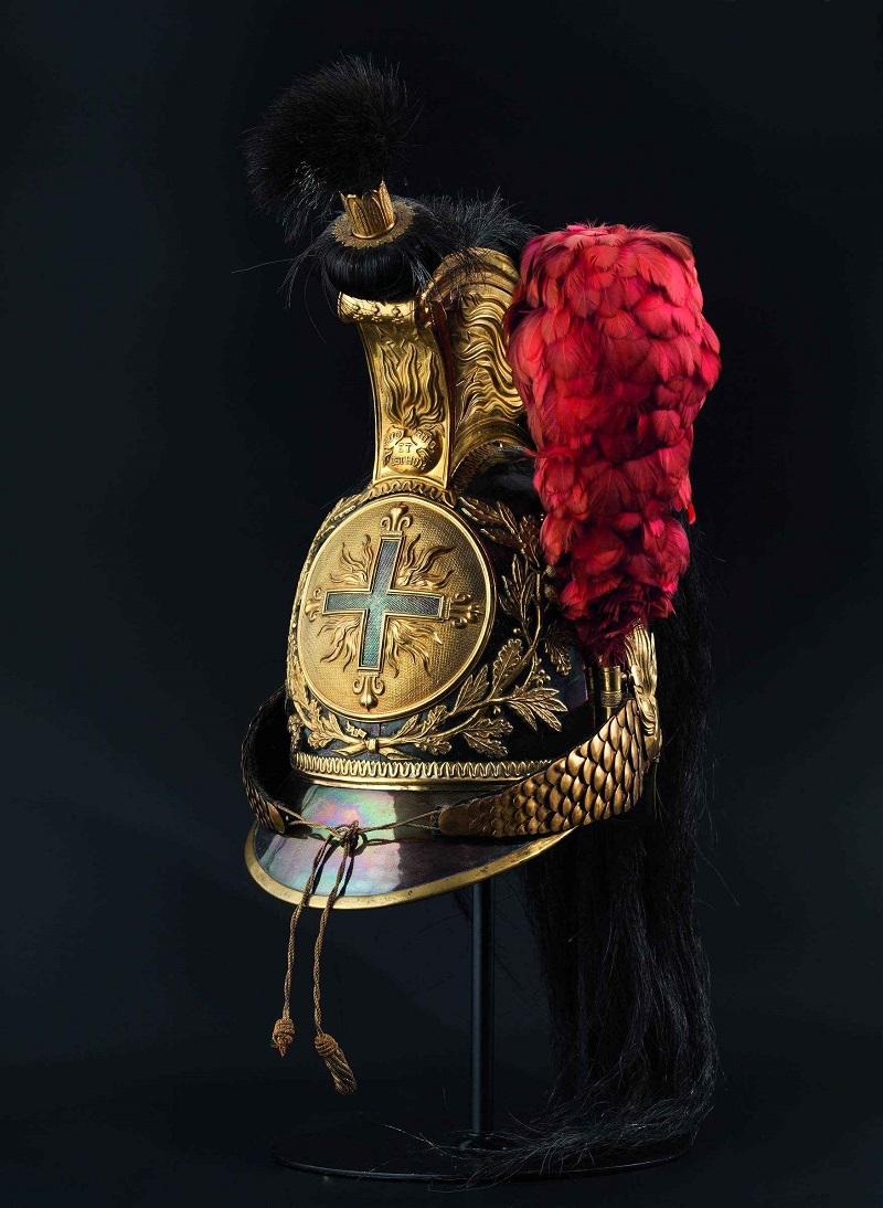 Casco para los Mousquetaires gris de la Maison du Roi (1814-1815). Precio estimado: 9.500 €
