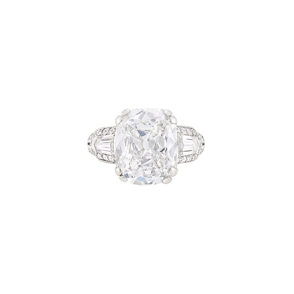 Exquisite Art Deco ring