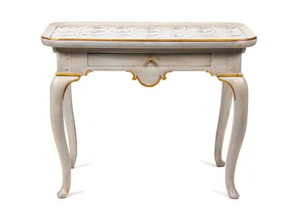 Salongsbord, sent 1700-tal, tidigt 1800-tal. Danmark. Utropspris: 5 700 SEK. Leslie Hindmann