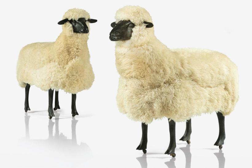 """""""Deux moutons de laine"""" de François-Xavier Lalanne © Sotheby's"""