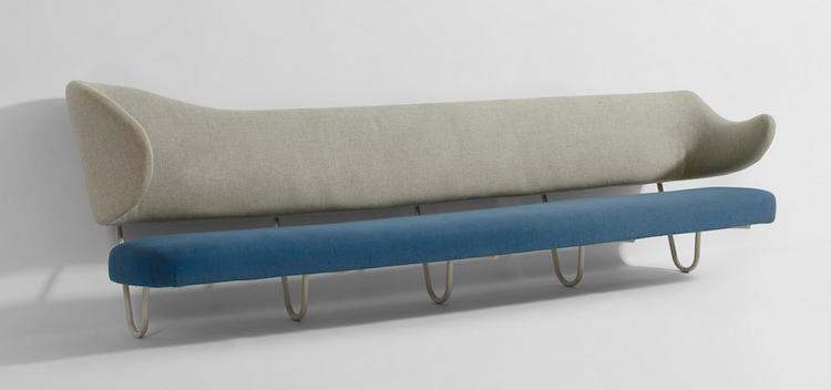 Finn Juhl custom wall-mounted sofa from the Villa K. Kokfeldt, Hellerup, Denmark Utrop: 606 000 SEK Wright