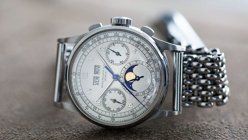 Patek-Philippe-Ref.-1518-in-Stainless-Steel