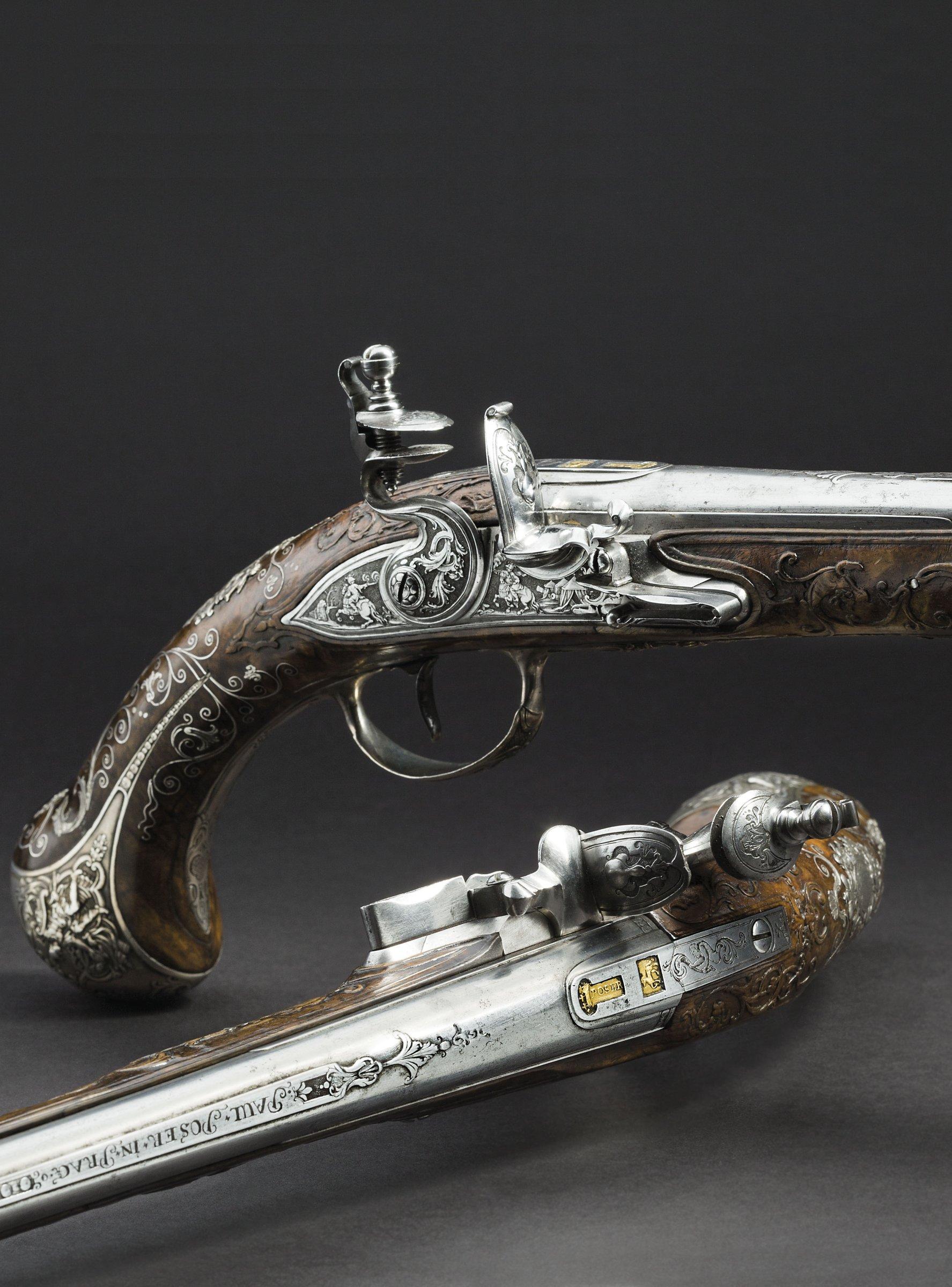Paar Luxus-Steinschlosspistolen aus der Waffenkammer der Fürsten von Lobkowitz, Paul Ignazius Poser und Franz Matzenkopf, Prag um 1730