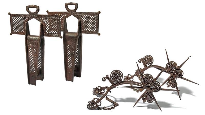 Links: Paar kreuzförmige Steigbügel, Eisen, Mexiko 17. Jh. Rechts: Paar Conquistador-Sporen, Eisen, Spanien 17. Jh.