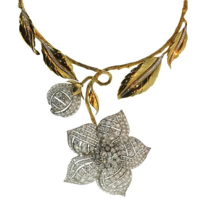 Collar y pendientes en oro blanco y amarillo con diamantes (1990). Precio estimado: 40.000-52.000 €. La subasta termina el 11 de diciembre a las 20 h.