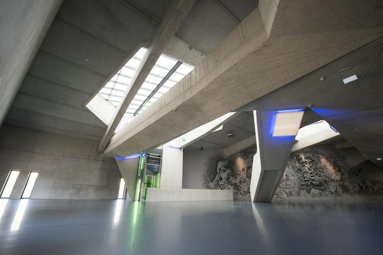 Konstvärldens Fort Knox ska öppna i fler länder där konstsamlare behöver ett redigt lager i säkert förvar