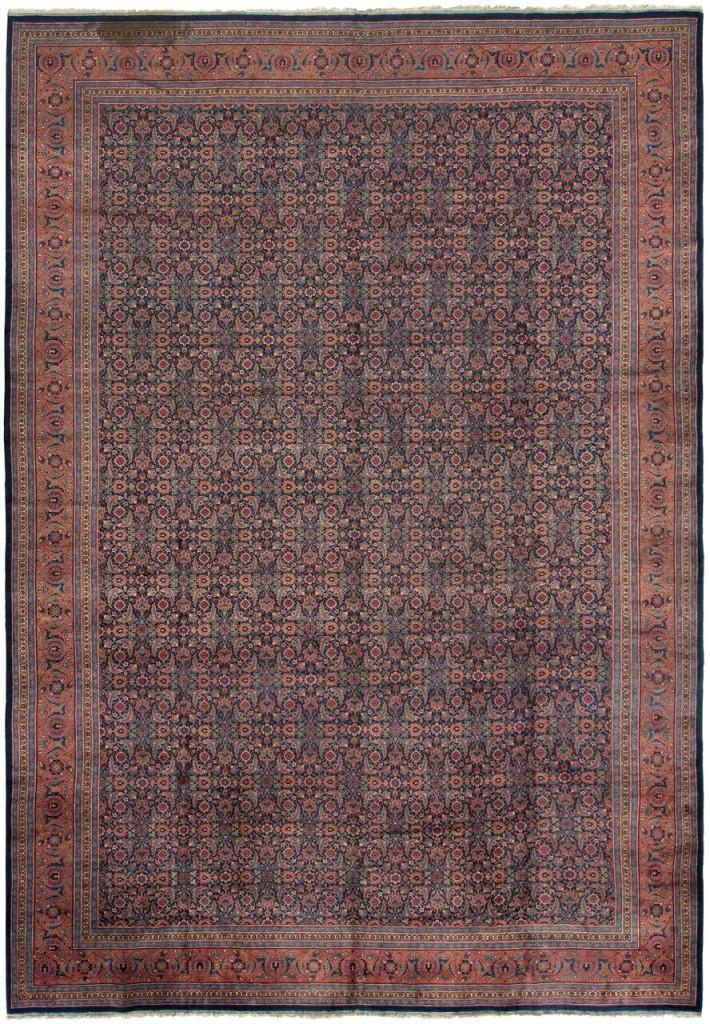 Täbris mit Herati-Dekor, NW-Iran um 1910 Schätzung: 5.000-7.000 CHF (4.760-6.670 EUR)