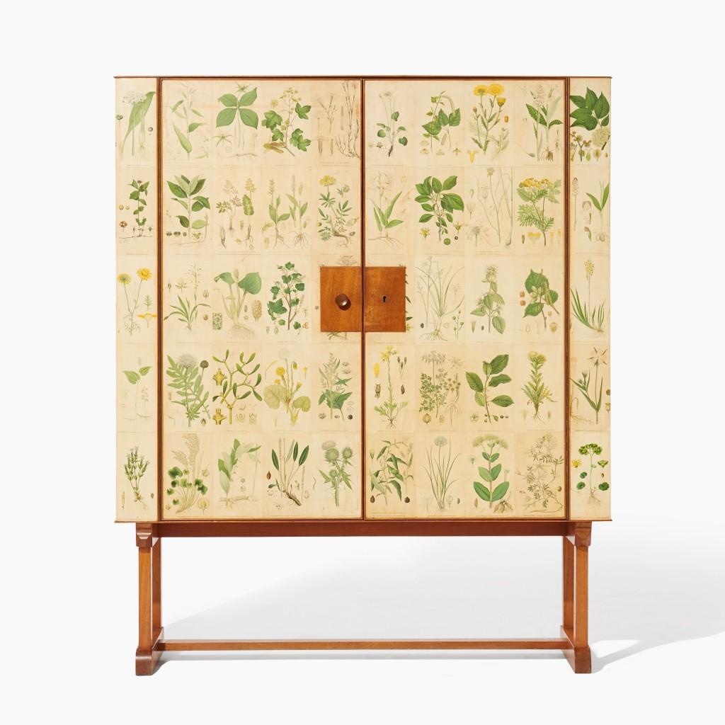 Josef Frank, cabinet Flora, image ©Uppsala Auktionskammare