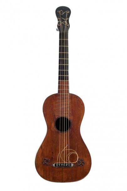 En fransk gitarr från 1870. Durán Arte y Subastas