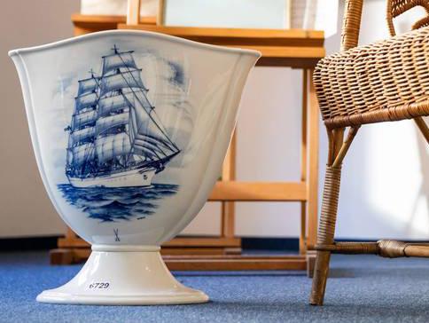 Vase en porcelaine de Meissen vendu à 5 500 euros.