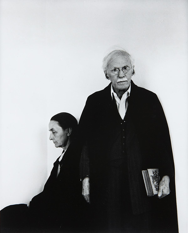 ARNOLD NEWMAN. Alfred Stieglitz & Georgia O'Keeffe (1944).