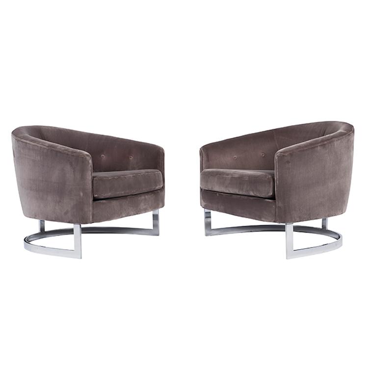 "Milo Baughman, lounge chairs, pair, Thayer Coggin, chromed steel, velvet upholstery, 30.5""w x 30""d x 25""h Utropspris 16 300 SEK, Treadway Toomey Galleries"