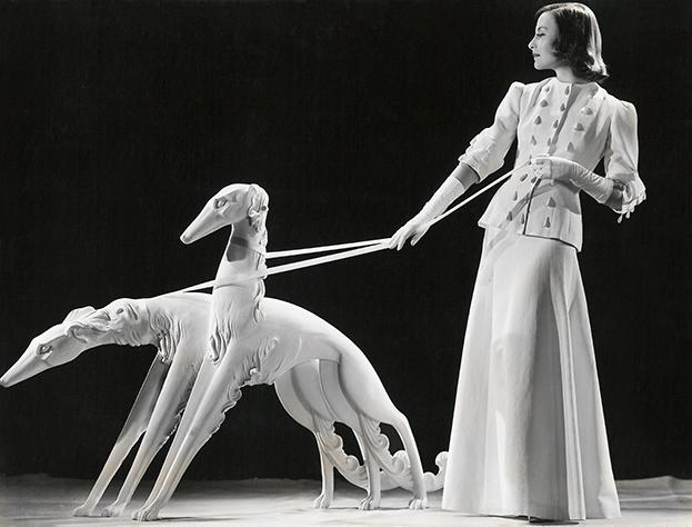 Michèle Morgan fotografiert von Ernest Bachrach   Foto: Fashion and Textile Museum