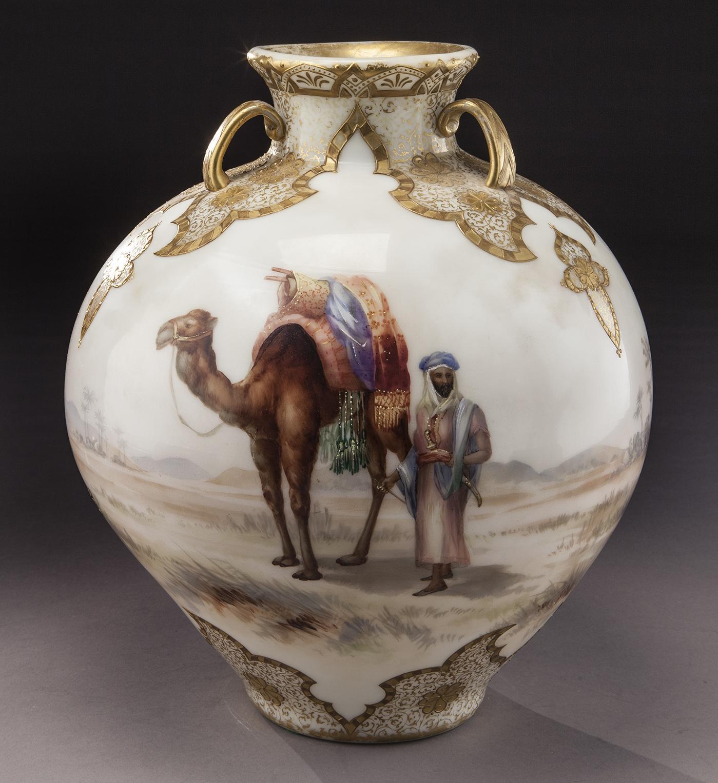 Mt. Washington, céramique coloniale, vase en verre du Jardin d'Allah, circa 1890
