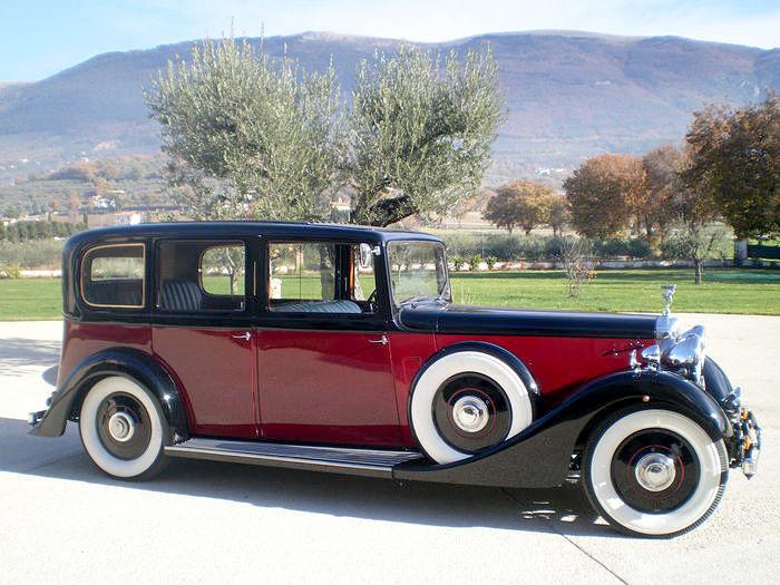 DAIMLER - 4,5 l Straight 8 Limousine (1936). Precio estimado: 74.700-97.800 €