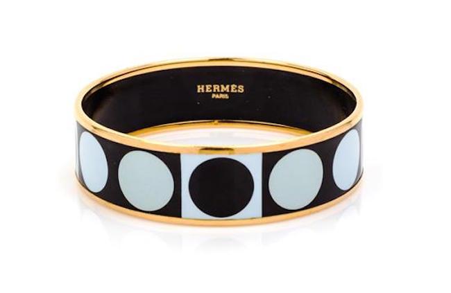 Stel armring, Hermès. Storlek 70. Leslie Hindmann Auctioneers.