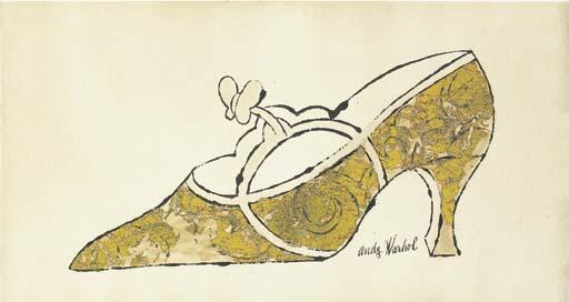 """Andy Warhol (1928-1987) """"Shoe"""", signé 'Andy Warhol' (en bas à droite), encre et feuille d'or sur papier 11¾ x 21 5/8 po (29,7 x 55 cm) Exécuté vers 1956-57, Vendu chez Christie's en 2002"""
