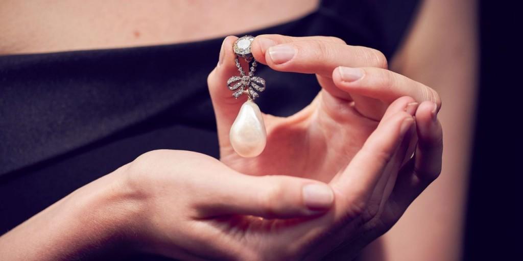 Perle ayant appartenu à Marie-Antoinette, image ©Sotheby's
