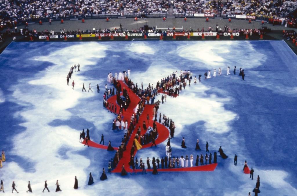 Le Stade de France en 1998, durant le show YSL, image via sohu.com